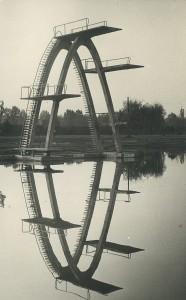 A tízes trambulin, Marosvásárhelyen, a víkendtelepen.